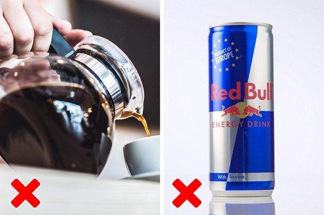 Không uống nhiều cà phê hoặc thức uống tăng lực